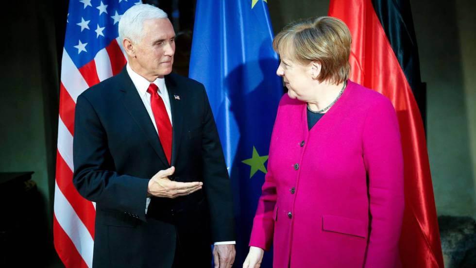 Mike Pence y Angela Merkel, en la conferencia de seguridad de Múnich este sábado. En vídeo, declaraciones de Merkel. EFE / VÍDEO: REUTERS-QUALITY
