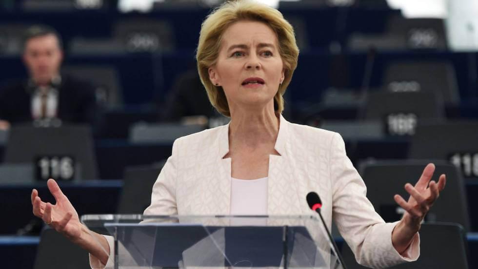 Ursula von der Leyen durante su discurso de candidatura a la presidencia de la Comisión del Parlamento europeo este martes en Estrasburgo. En vídeo, el anuncio del resultado de la votación. Foto: FREDERICK FLORIN (AFP) / VÍDEO: REUTERS
